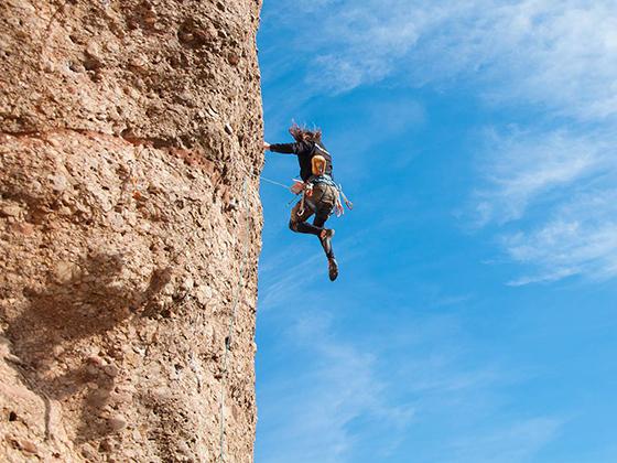 En la escalada se puede caer, pero hay que volver a subir y probar de nuevo.