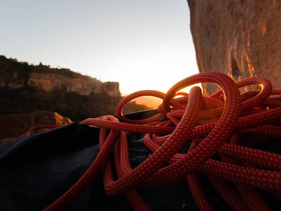 El material de seguridad en escalada siempre debe estar en buen estado.