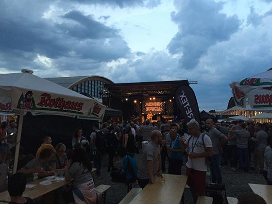 Final del día en la Feria de Friedrichshafen.