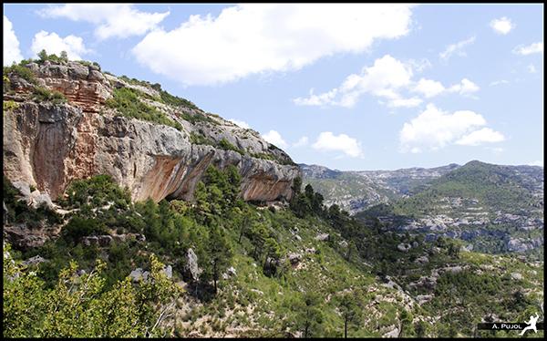 Espdelles, espectacular sector d'escalada a Margalef.