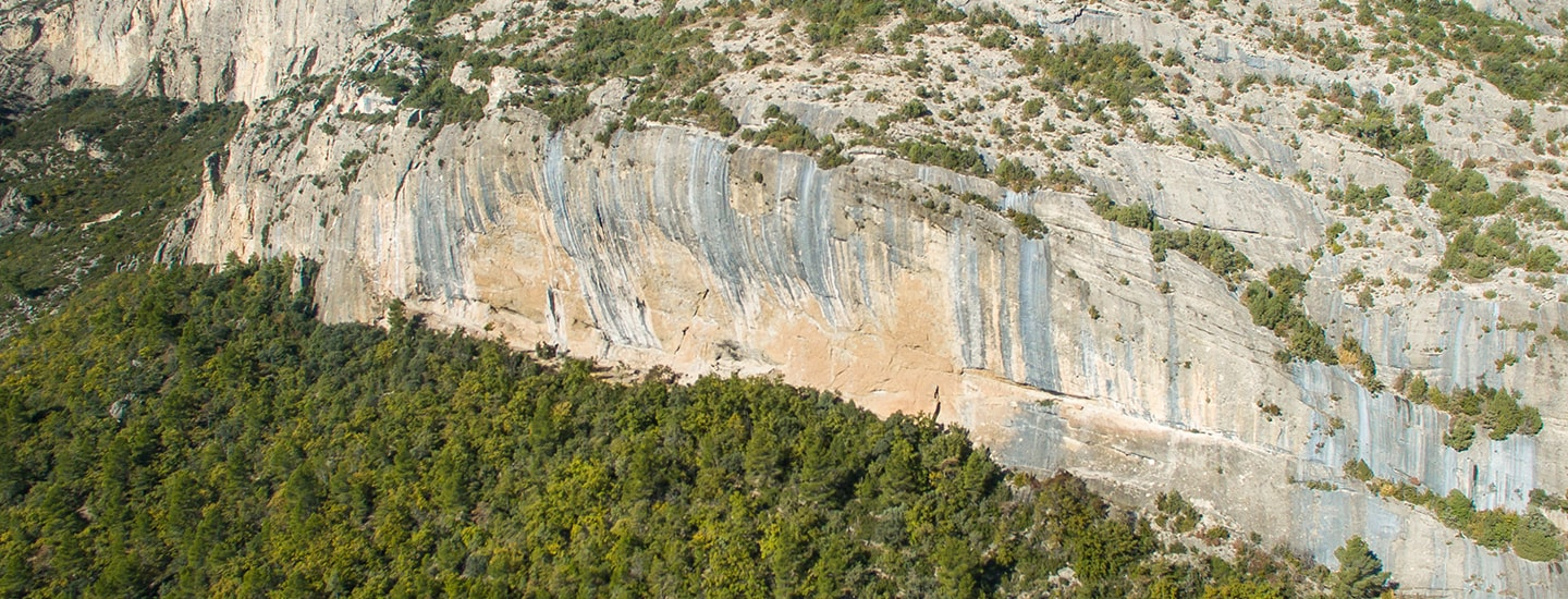 Ressenyes d'escalada d'Oliana a Climb Around.